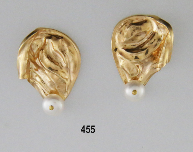 14K Repousse' Earrings with Pearls